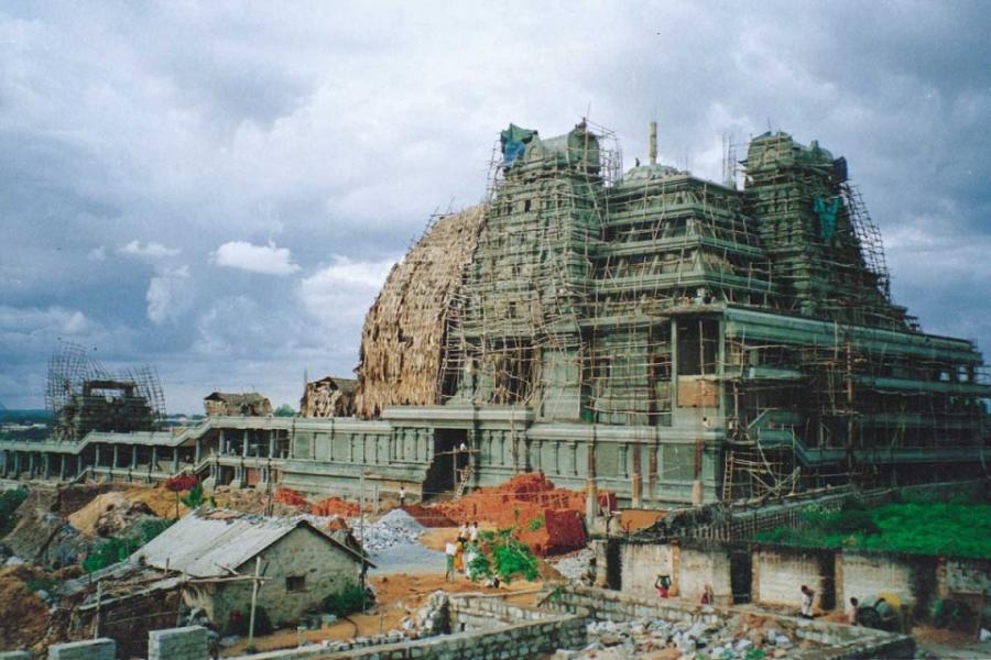 ಇಸ್ಕಾನ್ ದೇವಾಲಯ ನಿರ್ಮಾಣ