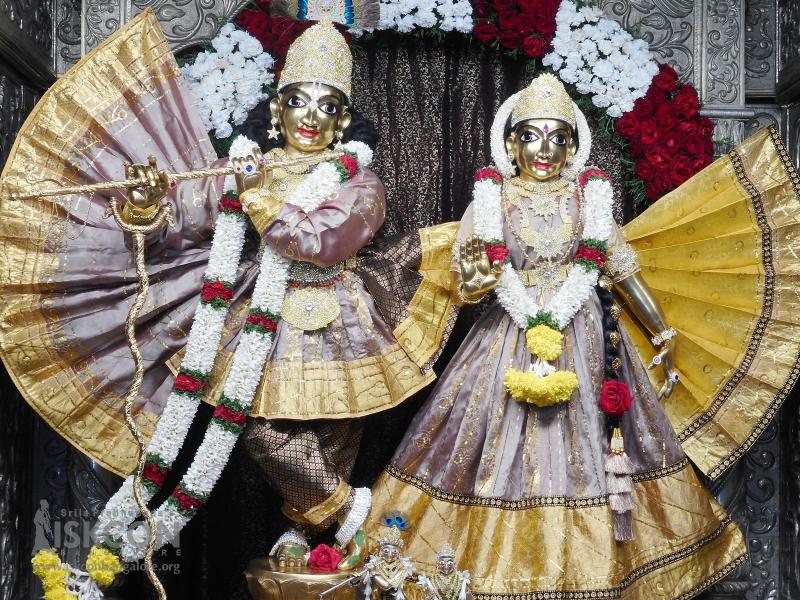 ಶ್ರೀ ಶ್ರೀ ರಾಧಾ ಕೃಷ್ಣ ಚಂದ್ರ